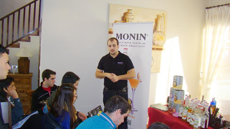 Seminario productos Monin de coctelería.