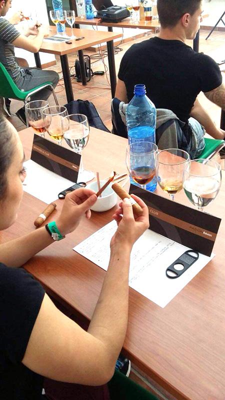 Seminario cata de puros para nuestros alumnos de sala